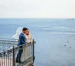Matrimonio Spiaggia Positano : Positano cornice di un matrimonio da sogno a villa fiorentino